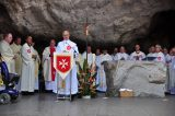 2011 Lourdes Pilgrimage - Grotto Mass (35/103)