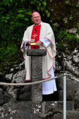 2011 Lourdes Pilgrimage - Grotto Mass (36/103)