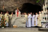 2011 Lourdes Pilgrimage - Grotto Mass (42/103)