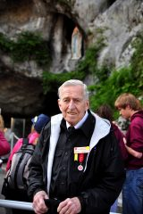 2011 Lourdes Pilgrimage - Grotto Mass (97/103)