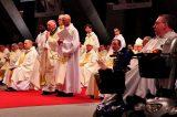2011 Lourdes Pilgrimage - Sunday Mass (32/49)