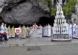 2013 Lourdes Pilgrimage - SATURDAY TRI MASS GROTTO (6/140)
