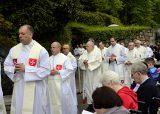 2013 Lourdes Pilgrimage - SATURDAY TRI MASS GROTTO (64/140)