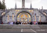 2013 Lourdes Pilgrimage - SATURDAY Procession Benediction Pius Pius (25/44)