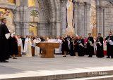 2013 Lourdes Pilgrimage - SATURDAY Procession Benediction Pius Pius (31/44)